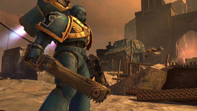 Screenshot 2 - Warhammer 40,000: Space Marine - Golden Relic Chainsword