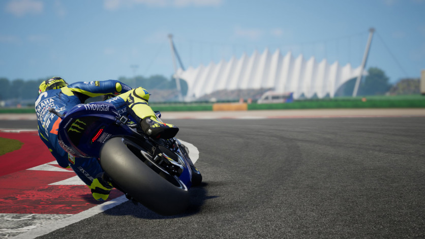 Screenshot 2 - MotoGP 18