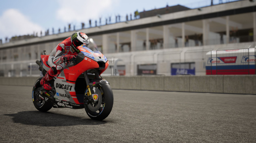 Screenshot 8 - MotoGP 18
